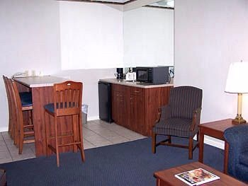 Best Western Twin Islands kitchen area