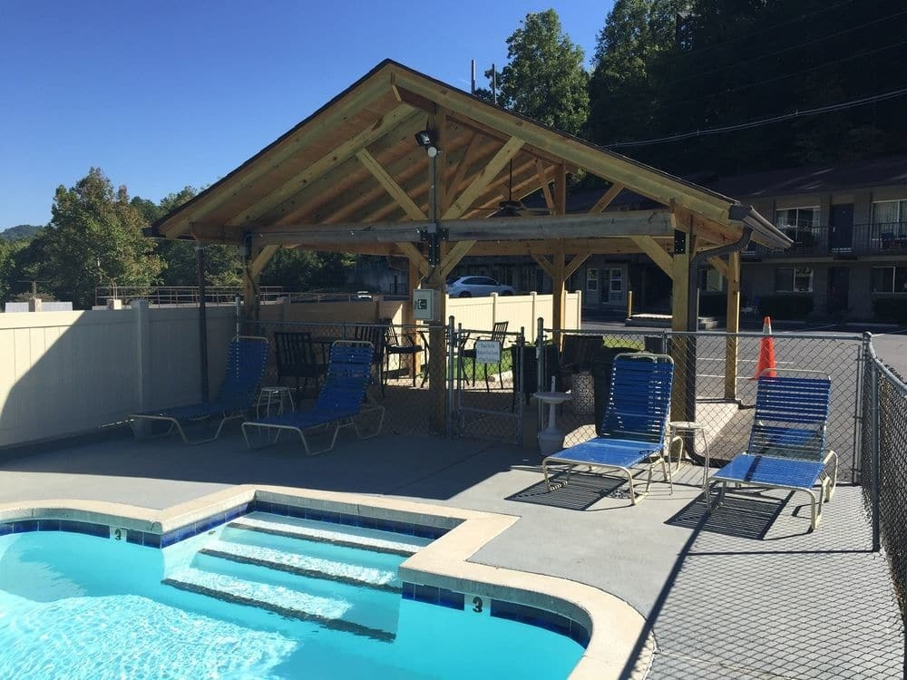 Outdoor Pool Area At Sidney James Mountain Lodge