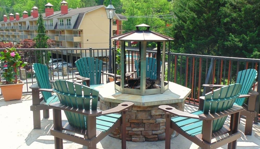 Firepit Area At Baymont Inn & Suites Gatlinburg On The River